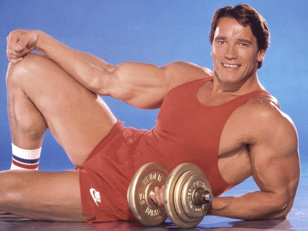 """Học hỏi 7 cách tập thể hình của """"kẻ hủy diệt"""" Arnold Schwarzenegger"""