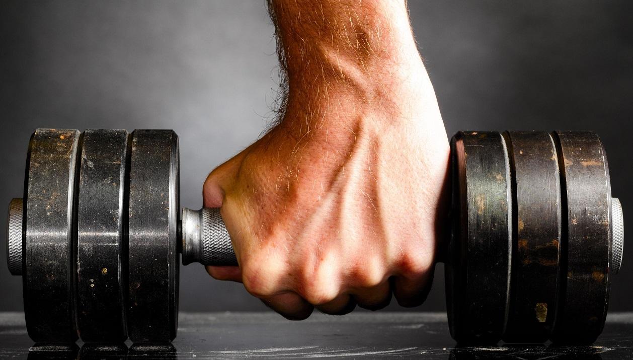 5 bài tập sức mạnh cơ bàn tay đơn giản mà hiệu quả