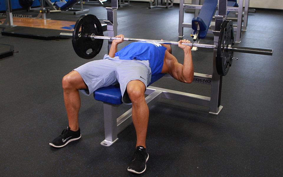 Kỹ thuật cần lưu ý khi tập các bài tập cơ ngực cường độ cao